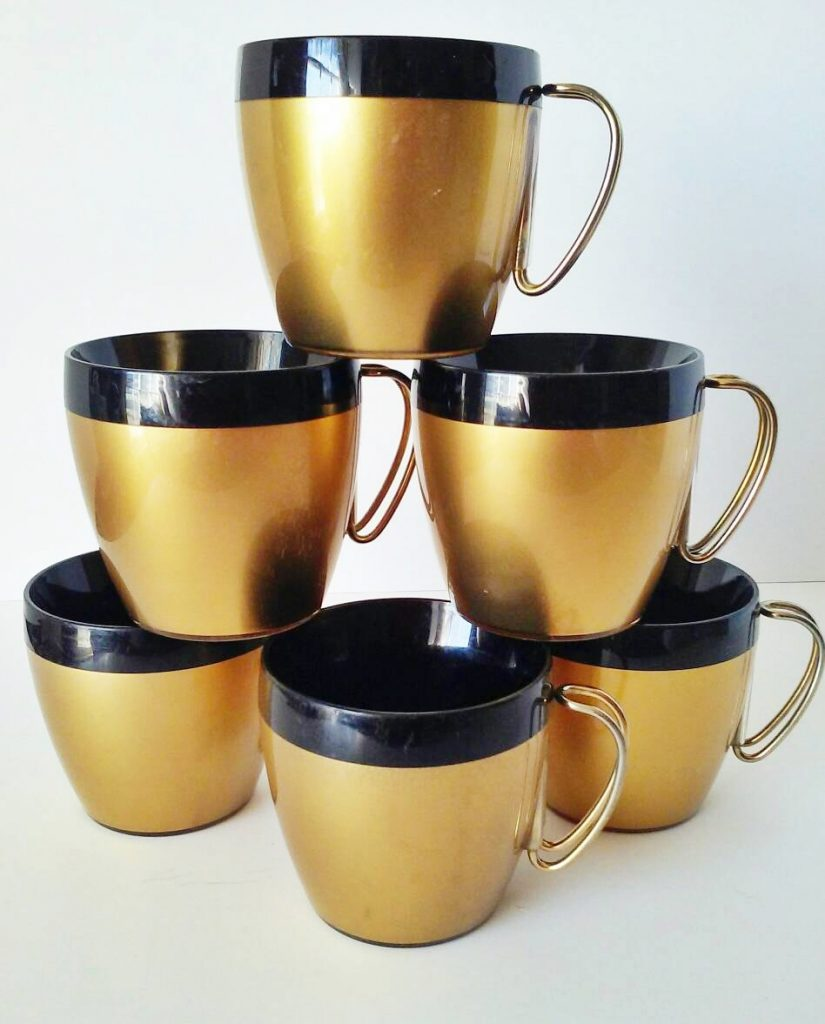 gold-and-blck-mugs-set-of-6